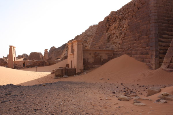 mystery_of_the_nubian_pyramids_meroe
