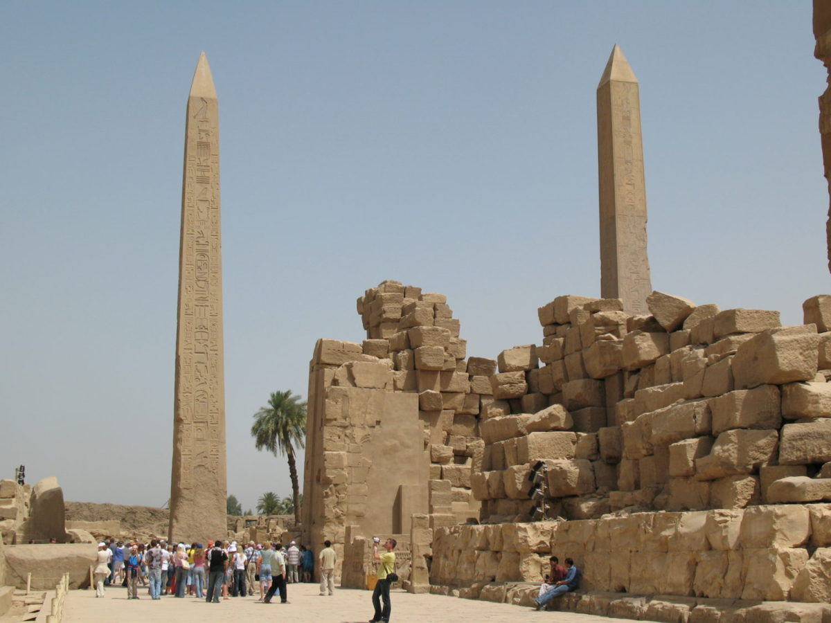 From tekhenu to obelisk: From Kemet to Rome