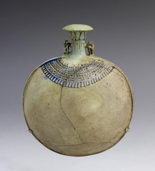 Egyptian_-_New_Year's_Flask_-_Walters_48419_(2)